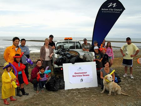 NZで海岸線291kmのビーチクリーンアップに参加!
