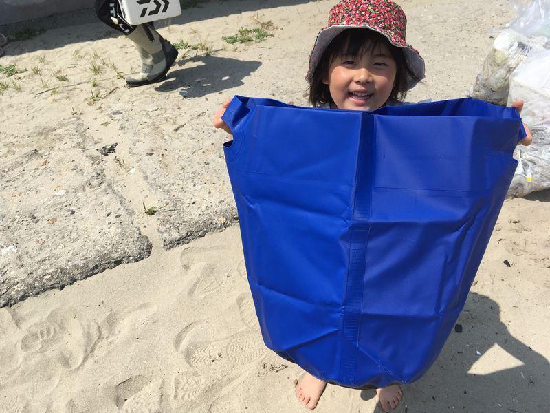 海ごみ拾いするときも、できるだけプラごみを出さない